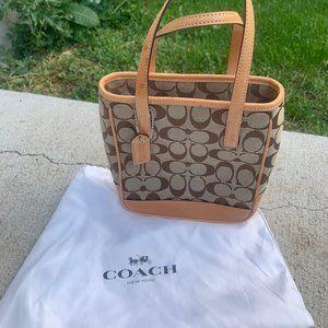 Coach Signature Mini Lunch Bag 6087 Light Brown